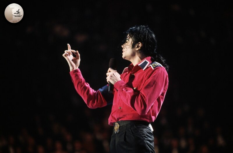michael-performs-at-president-bill-clintons-inaugural-celebration(72)-m-2
