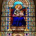 Basilique Notre Dame de Buglose, Vitrail de Notre Dame
