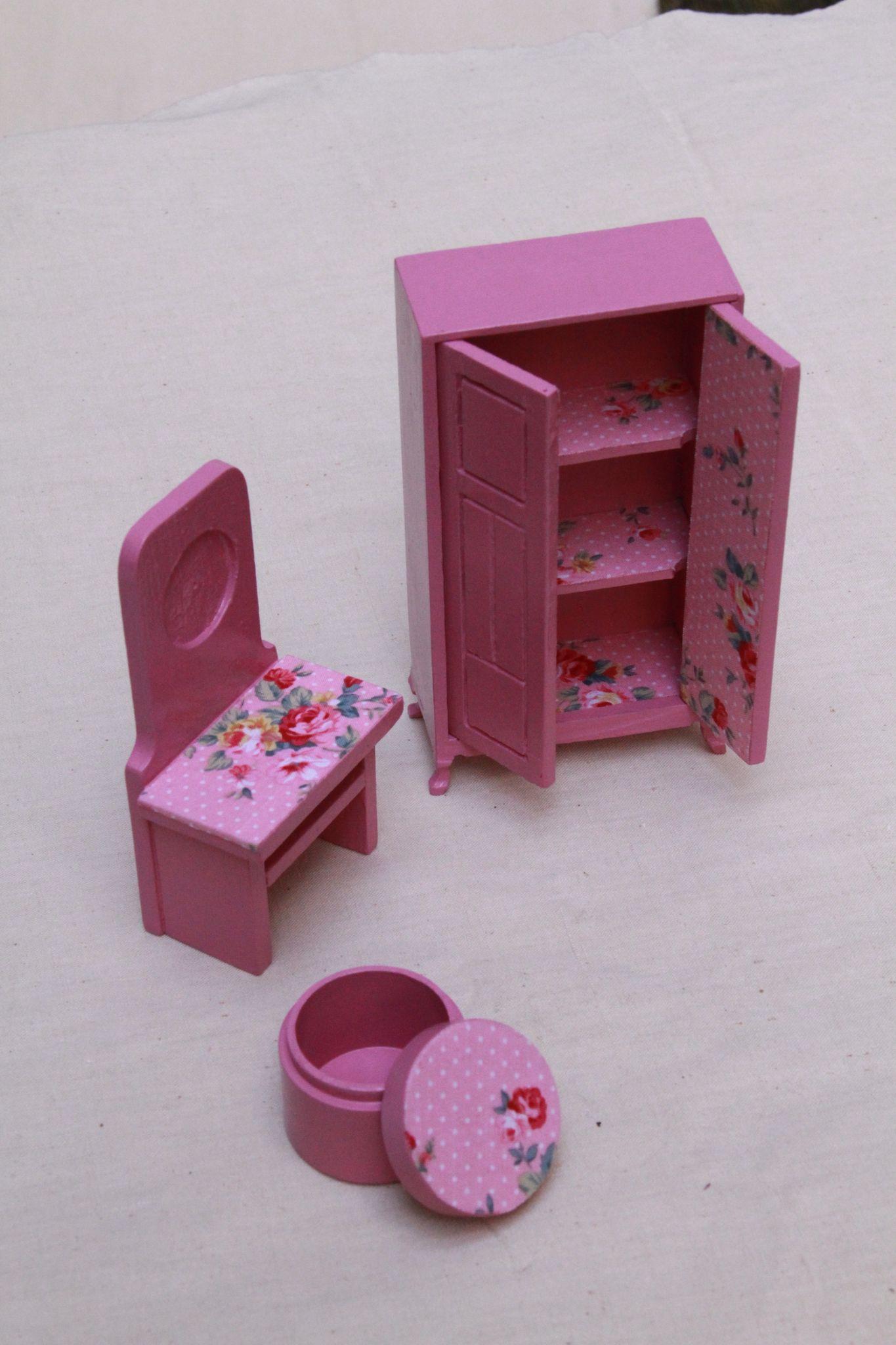 jeux en bois : petite chambre pour figurines