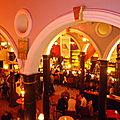 Bodega pub/club rétro chic !