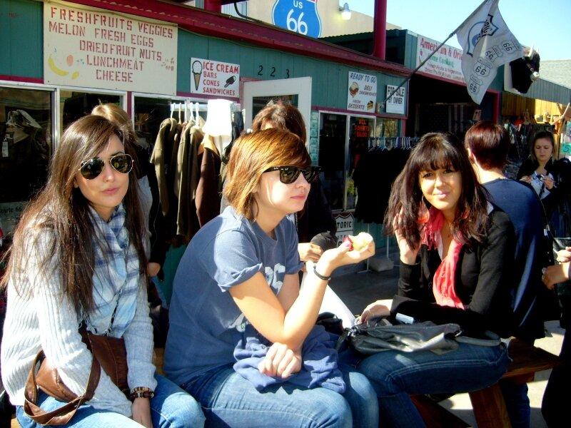 Sur la route 66 : Coralie, Julie, Shérazade