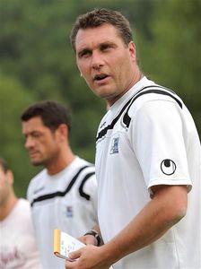 S_bastien_Cuvier_Jura_Sud_entraineur_Avranches_football