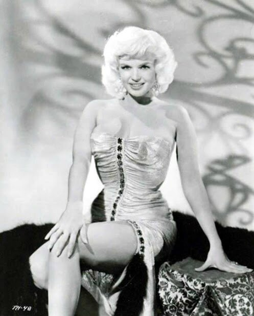 jayne-1960-film-too_hot_to_handle-publicity-1-3