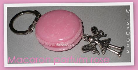 Macaron porte clé rose fée