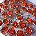 mini tartelettes à la brouillade de tomates et au basilic