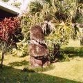 27_tiki dans jardin du musée Gauguin