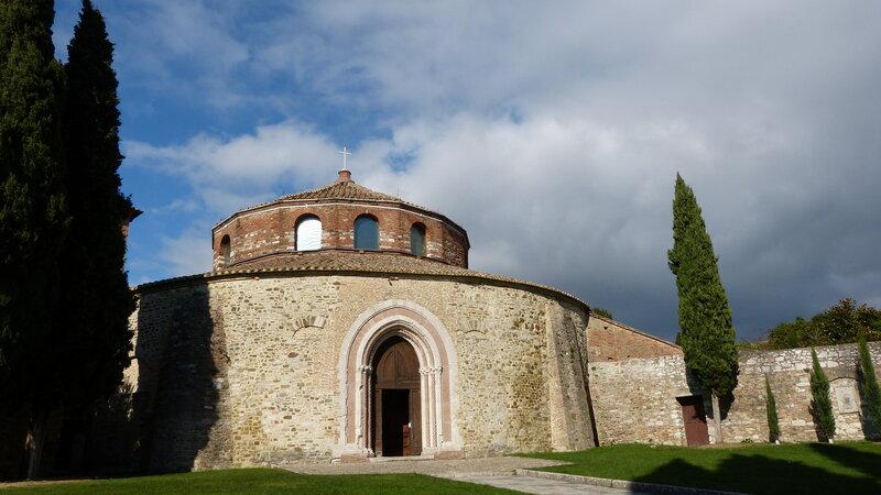 PERUGIA- la plus ancienne église de la ville