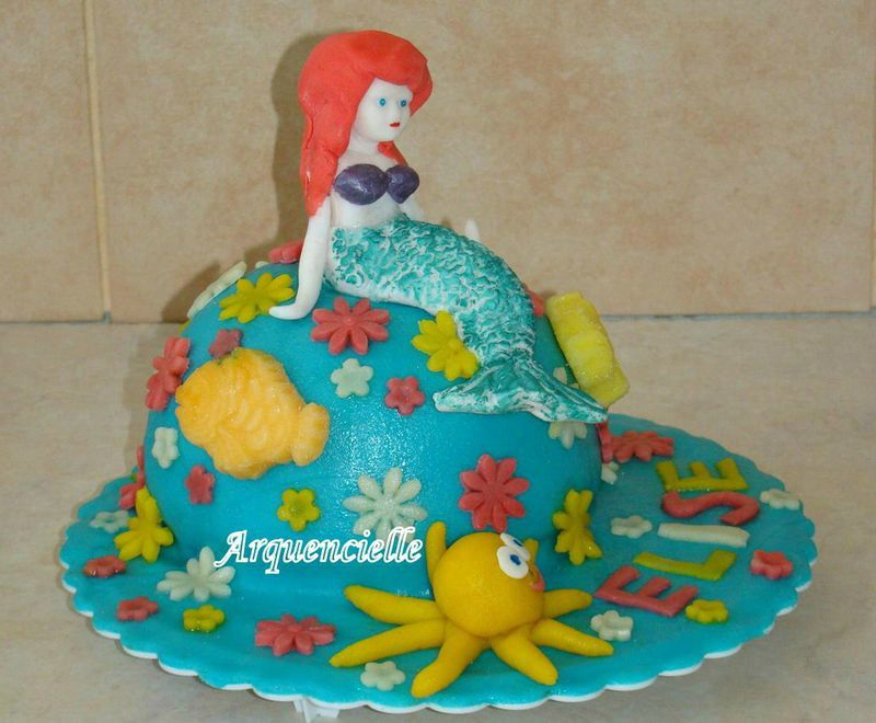 Gâteau Petite sirène Vue côté