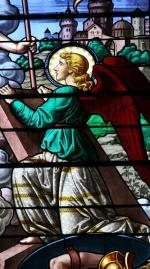 Eglise de Châtillon-sur-Loire, vitrail de la Résurrection, détail. (Photo A. Estienne)