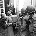 Photo de g.i.'s avec des habitants d'avranches en 1944 : informations wanted!