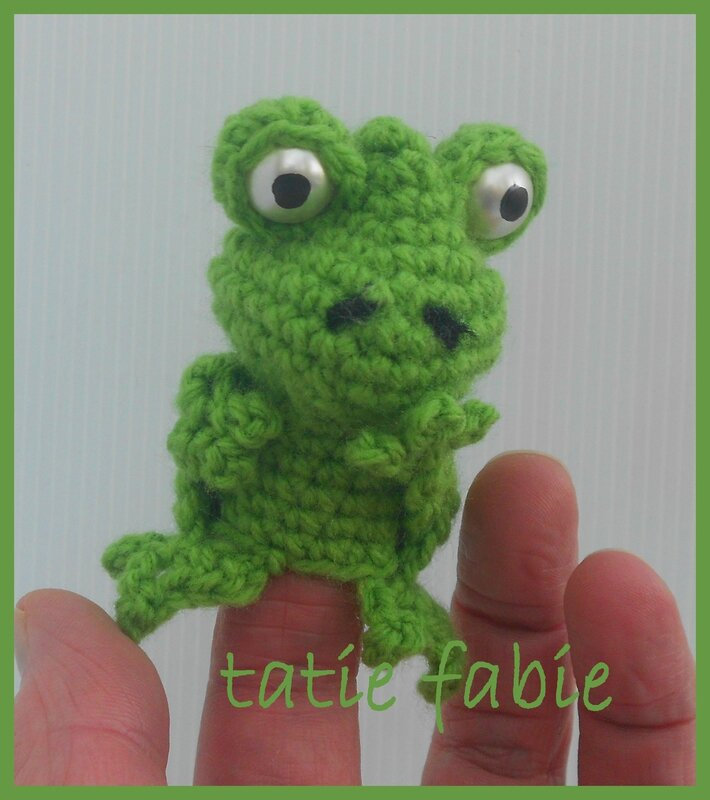 marinnette à doigt grenouille 001
