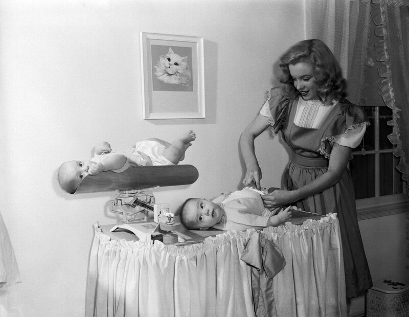 1947-05-baby_sitter_sitting-with_roy_metzler_twins-by_david_cicero-010-1