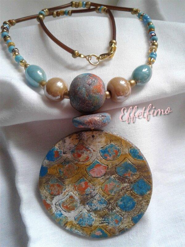 pendentif coloré oriental