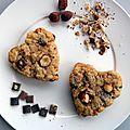 Coeur de cookies aux noisettes et 2 chocolats