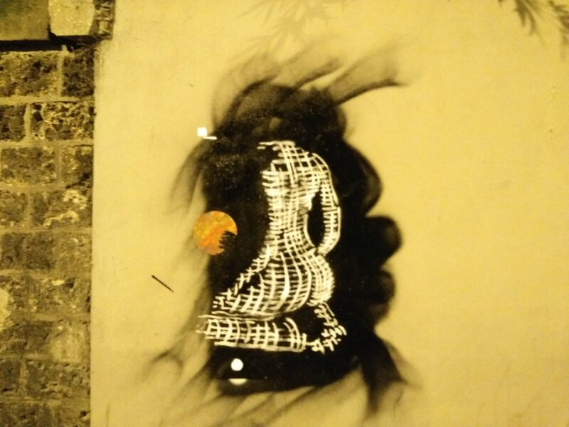 Street art, Paris la nuit