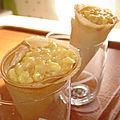 Cornets de crème aux pommes caramélisées