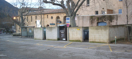 combes_dustbins