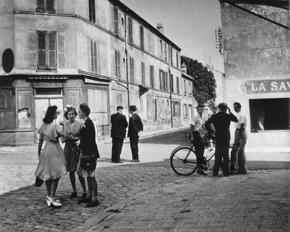 doisneau_sunday_morning45