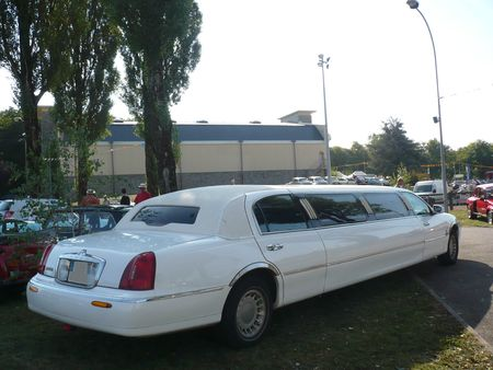 LINCOLN Town Car United States Coachworks limousine 1998 Créhange (2)