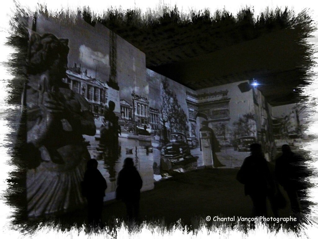 Carrieres_Lumiere_Chagall_12