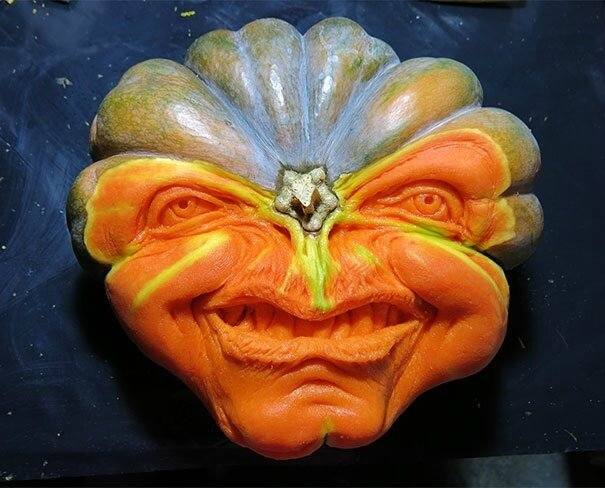 creepy-pumpkin-carvings-jon-neill-1