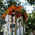Urne maisonnette oiseau theme automne