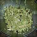 Salade de chou mariné aux fruits secs