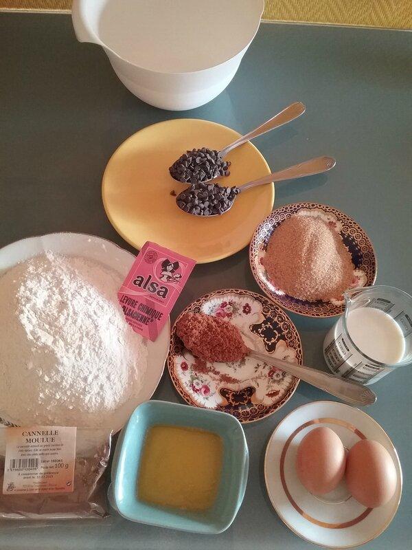 Cake croustillant aux poires râpées et aux spéculoos 082