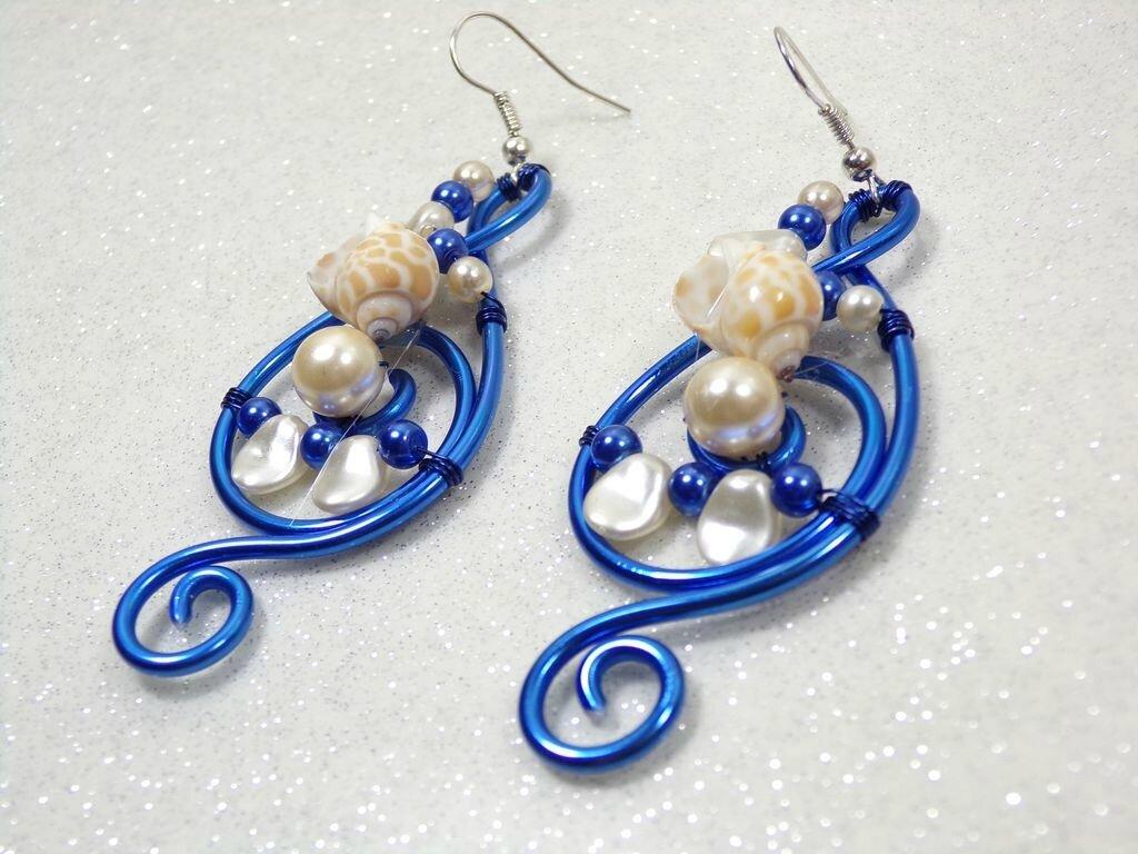 boucles d'oreilles coquillage bleu et beige 1