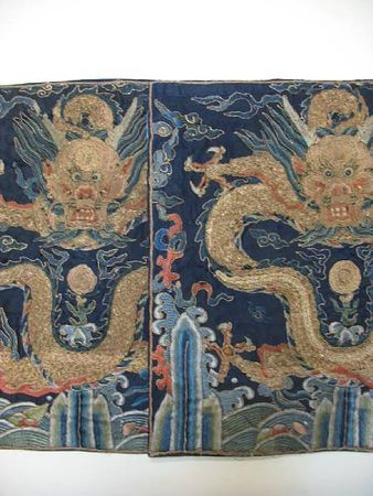 A_pair_of_blue_silk_ground_embroidered_dragon_badges2