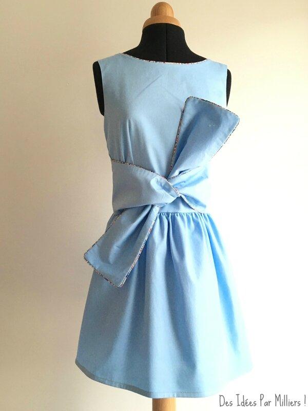 Robe Alicia - Des Idées Par Milliers - Devant avec Noeud - Bleu et Liberty