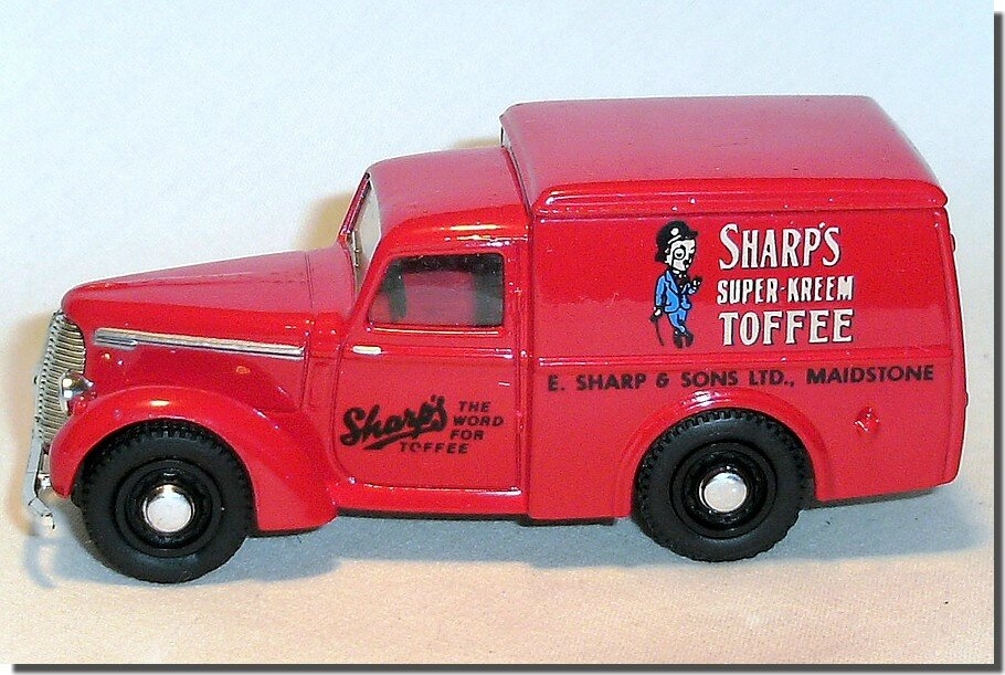Dinky Matchbox DY08-A Commer 8 Sharps Toffee 04