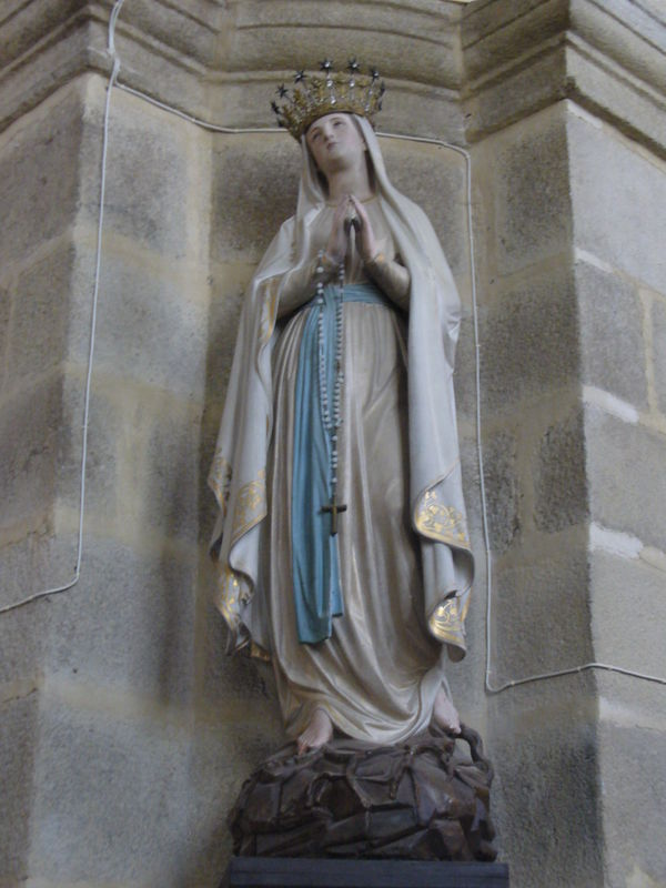 Saint Thégonnec, église Notre Dame, statue de Notre Dame