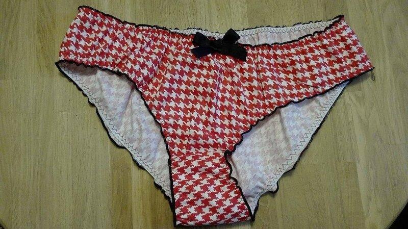Culotte CHARLOTTE en coton imprimé pied de poule nouge et blanc - taille M (1)