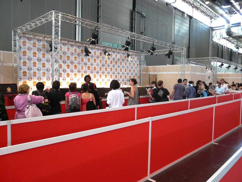 Canalblog Japan Expo10 20090705 116 Dédicaces