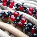 collier mitje rouge et noir