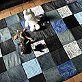 Septembre, le mois du jean #1 : tapis de jeu en jeans recyclés