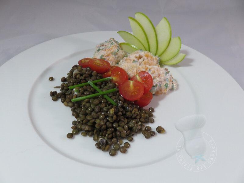 Rillettes de truite fumée, salade de lentilles vertes du Puy