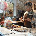 BRUXELLES - chocolatier au travail