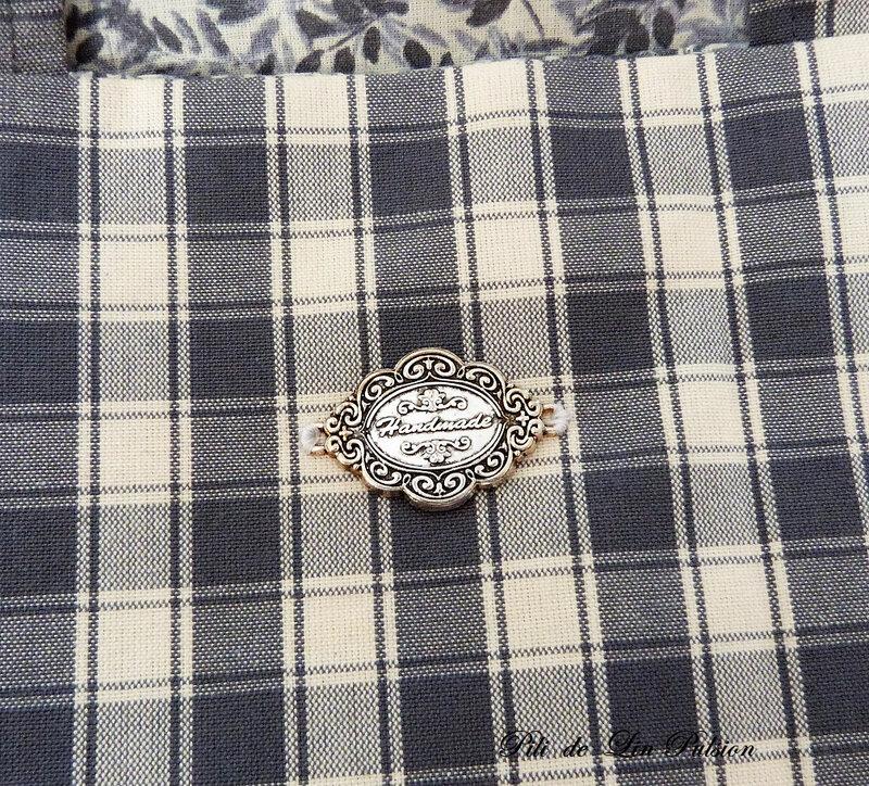 sac à tarte détail charm hand made