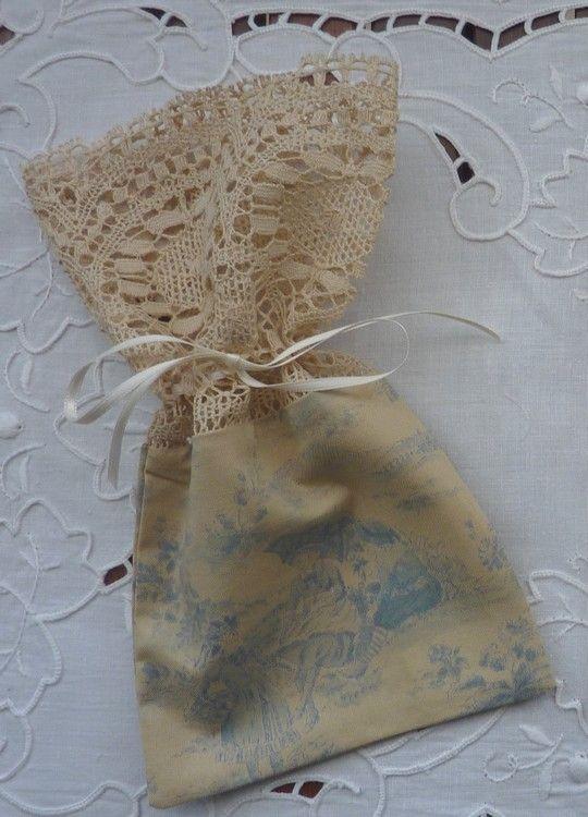 Pochon en tissu Lecien
