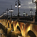 Bordeaux by night ....