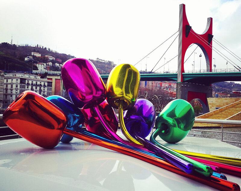 Bilbao, musée Guggenheim, Tulips et pont de la Salve, insta