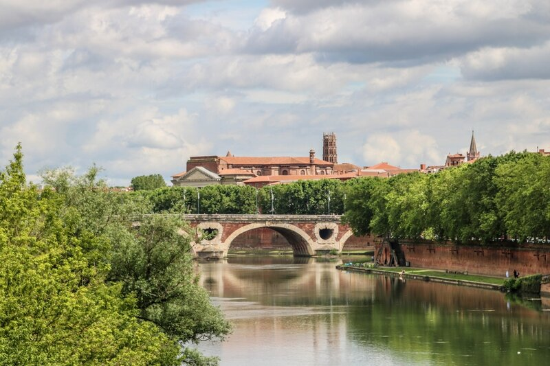 Pont Neuf, basilique de la Daurade et les Jacobins