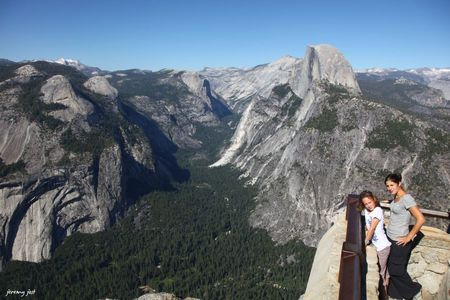 girls at glacier point