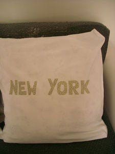big_apple_pillow_case_2_