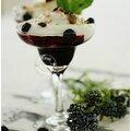 Verrine légère myrtilles et mousse de fromage blanc......un dessert