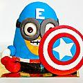 Gâteau d'anniversaire minion captain america