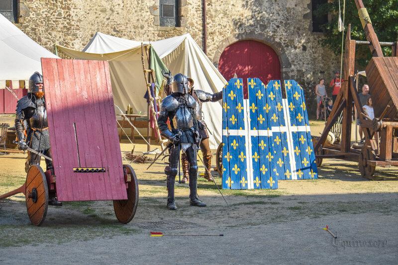 Siège du Château Saint Mesmin Time Travel - Les origines de la guerre de Cent ans et les débuts de l'artillerie à poudre
