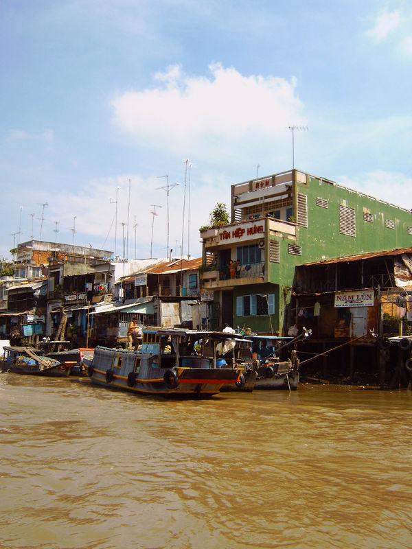vietnam 2005 06